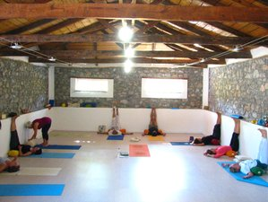 8 Days Iyengar Yoga Retreat in Kirinthos, Greece