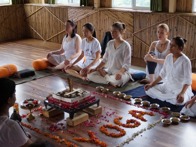 7 Days Yoga and Detox Retreat in India
