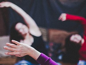 4 Day Midweek Sacred Sound, Yoga, and Meditation Retreat in Lake District