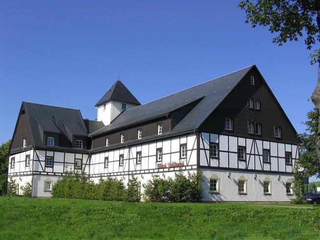 7 jours en stage de yoga dans la tradition Sivananda à Hermsdorf, Allemagne
