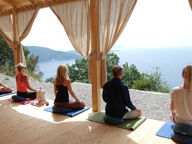 8 Days Ultimate Mindfulness Yoga Retreat in Greece