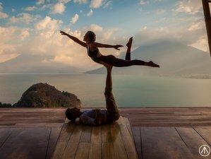 8 días innovador retiro de AcroYoga, Aero yoga y meditación en Bali, Indonesia
