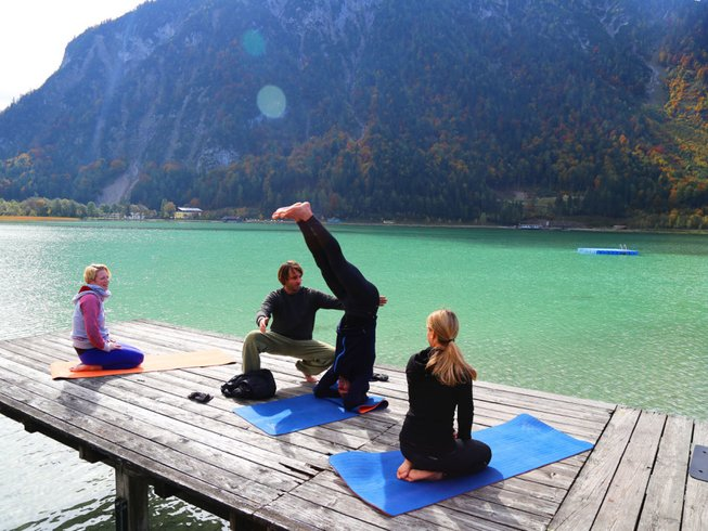 8 Days Snow, Outdoor, and Yoga Retreat in Austria