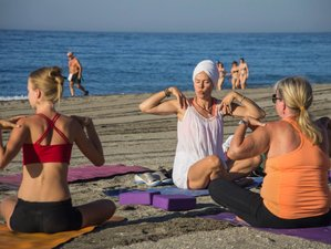 8 Days New Year Meditation and Yoga Retreat in Spain