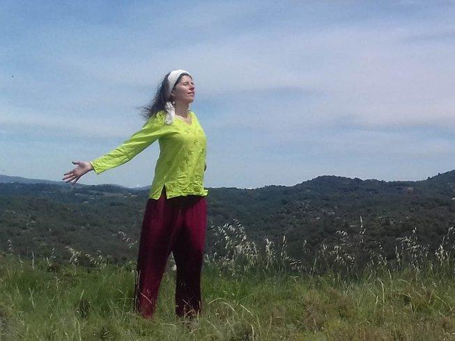 3 días retiro de yoga para perdonar y aceptar en Sierra de Orés, España