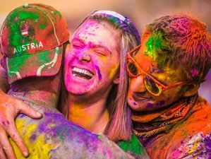 8-Daagse Yoga Tour en Holi Festival Retraite in India
