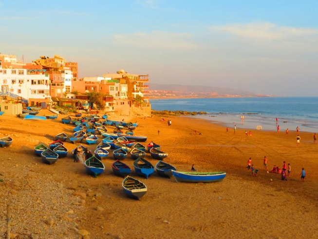6 Days Taghazout Surf Yoga Vacation in Morocco
