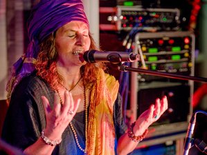 8 Day Anahatha Yoga Practice with Anja and Kirtan with Lalita Devi in Amiras, Crete