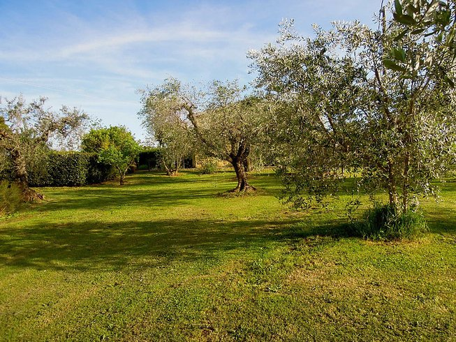 6 Days Idyllic Yoga Retreat in Italy