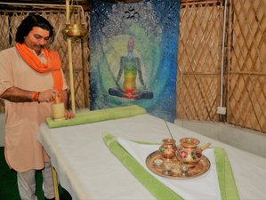 8 Tage Ayurveda und Yogalehrer Ausbildung in Rishikesh, Indien