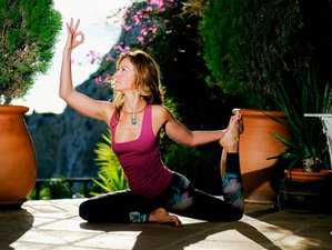 4 Days Mountain Haven Detox, Meditation, and Yoga Retreat in Malaga, Spain
