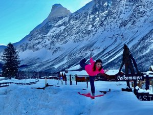 4 Days Arctic Yoga Holiday with Aurora / Northern Lights in Kirkenes, Norway