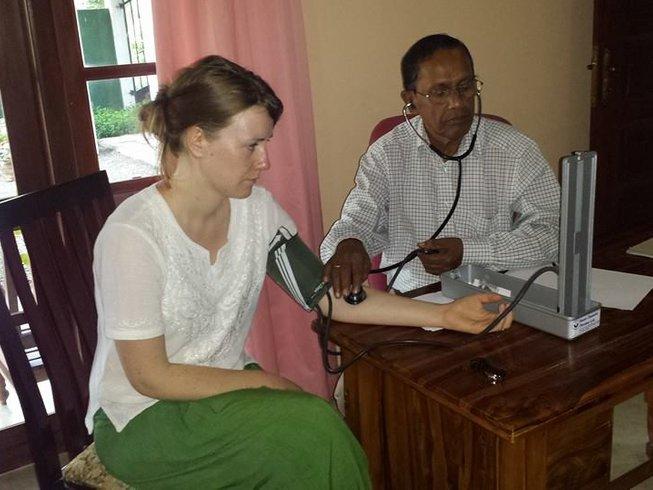 7 Days Ayurvedic Treatment, Meditation, and Yoga Retreat in Galle, Sri Lanka