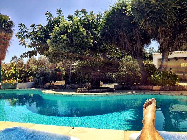 7 Tage Flyhigh Aerial und Vinyasa Yoga Urlaub auf Ibiza, Spanien