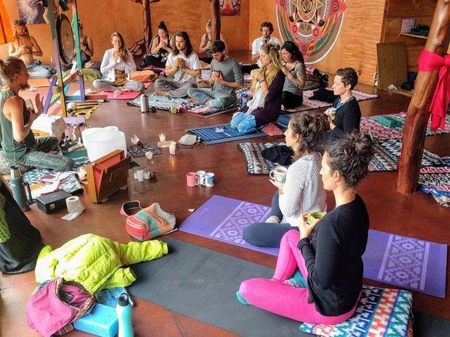 3 Tage Sierra Power of Love Yoga Retreat in Kalifornien, USA