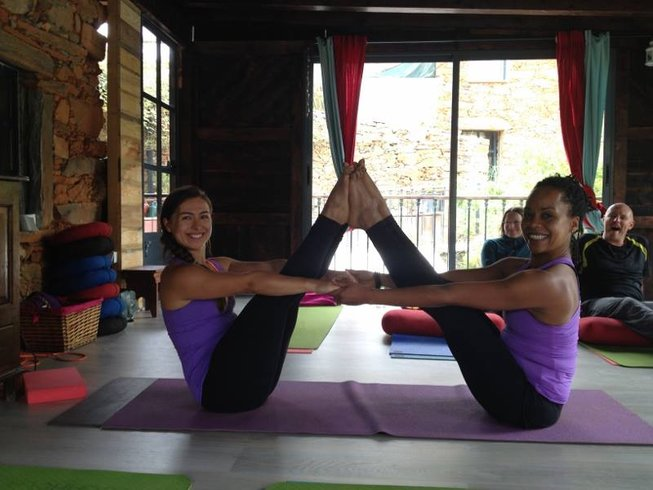 7 Days Mindful Moves Yoga Retreat in Portugal