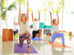 27 Days 200-Hour Ashtanga Yoga Teacher Training in Goa