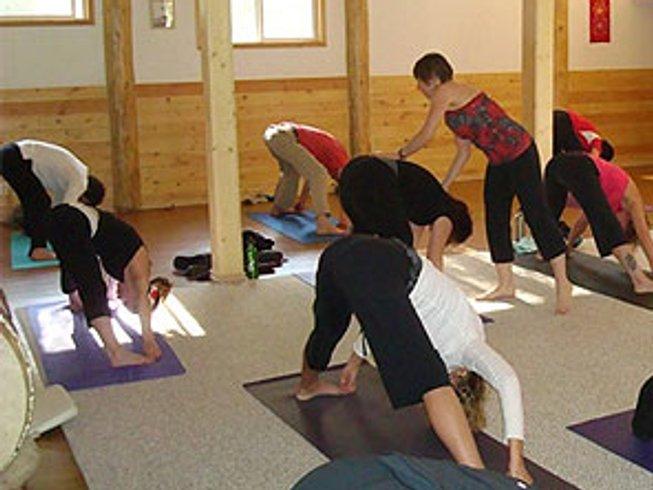 3 Days Mindfulness Yoga & Meditation Retreat in Canada