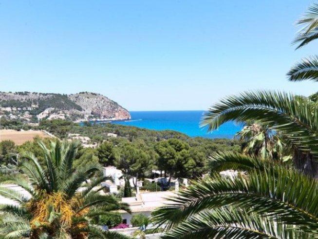 6 días fuerza, belleza y armonía después de los 40: retiro de yoga en Mallorca, España