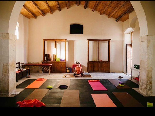 8 Days Yoga Retreat in Sicily, Italy