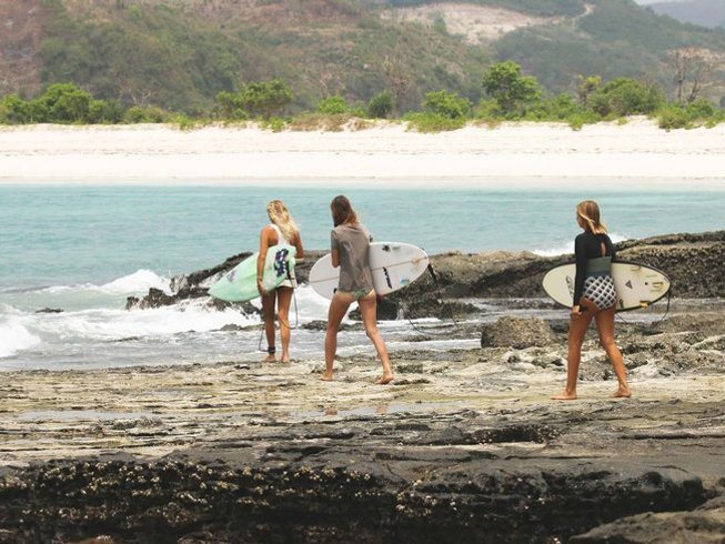 8 Days Experienced Surf Camp in Lombok, Indonesia