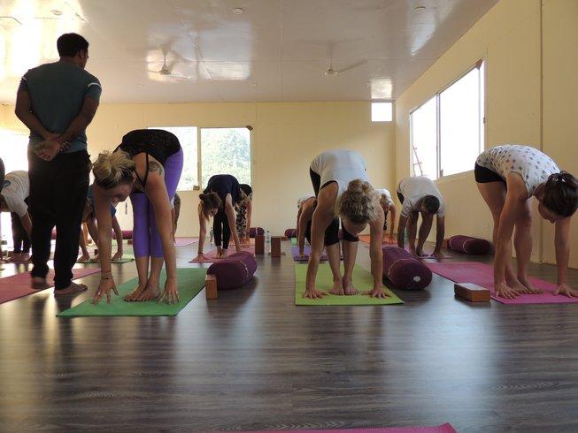 7 jours en stage de yoga pour se défaire de blocages émotionnels à Rishikesh, Inde