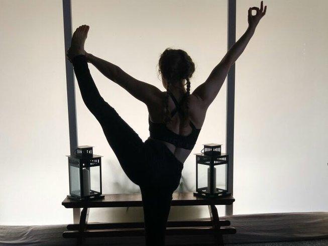 28 jours-200h  de formation de professeur de yoga hatha et vinyasa Yoga Alliance à Tenerife, Espagne