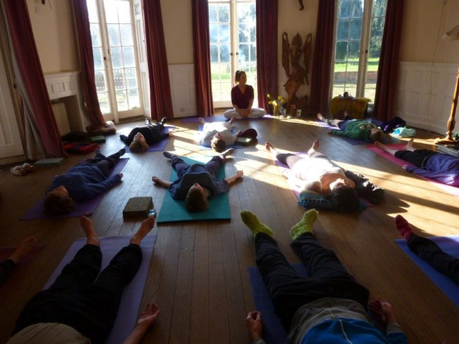 3 Days Autumn Weekend Yoga Retreat in Oxfordshire, UK
