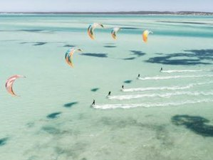 5 Day Stay and Kite - Group Beginners Kite Surfing Camp for 6 in Langebaan