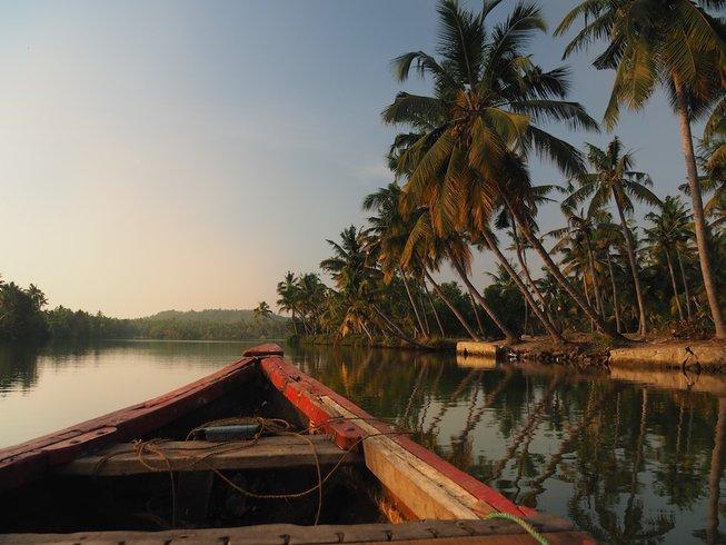 9 jours en stage de yoga pour hommes et massages dans le Kerala, Inde du Sud