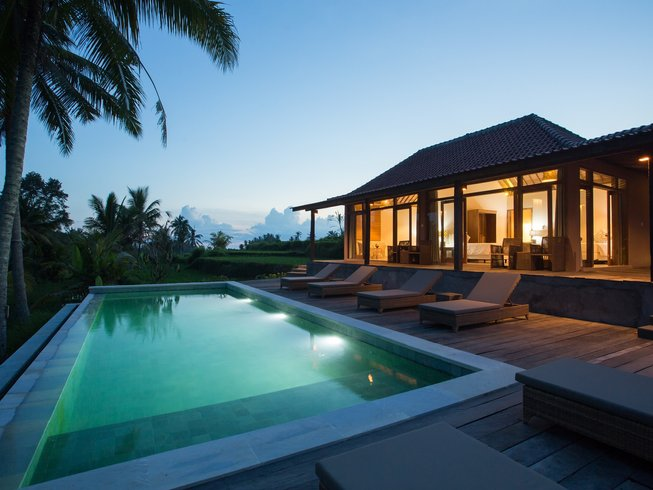10 Days Christmas Yoga Retreat in Bali