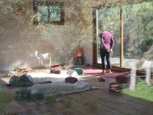 8 Tage Winterliches Yoga Retreat mit Tee- und Saunaritualen in San Ambrosio, Cádiz, Spanien