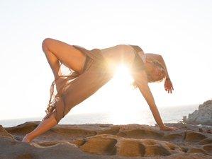 8 Days Anapnoe Vinyasa Solo Yoga Retreat in Paros