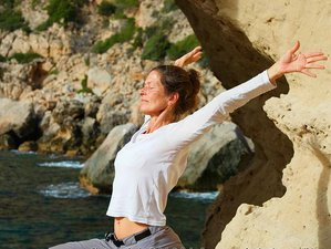 4 Days Relaxing Meditation and Yoga Retreat in Ibiza, Spain