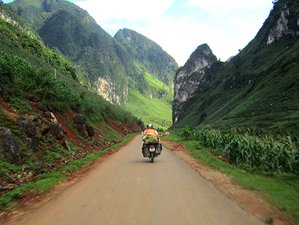 5 Days Off the Beaten Path Guided Motorcycle Tour in Vietnam