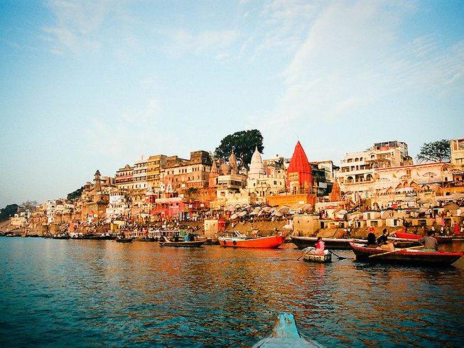 9 Tage Glückselige Meditations- und Yoga Kreuzfahrt in Indien