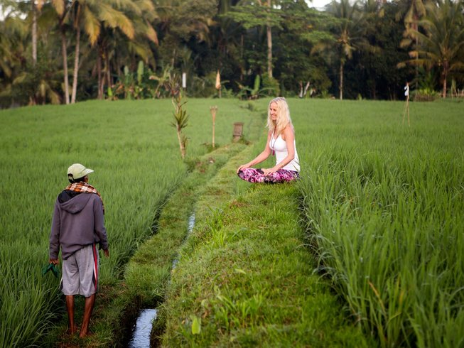 23 Days Luxurious 200hr Yoga Teacher Training in Bali, Indonesia