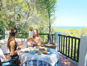 5 días de retiro privado de yoga con vista al mar en Ibiza