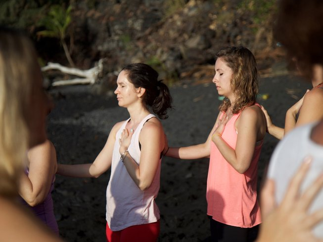 21 Days 200-Hour Therapeutic Yoga Teacher Training Hawaii