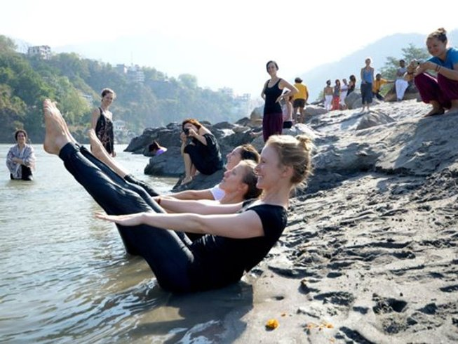 13 Days Yoga Retreat in Rishikesh Yog Peeth, India