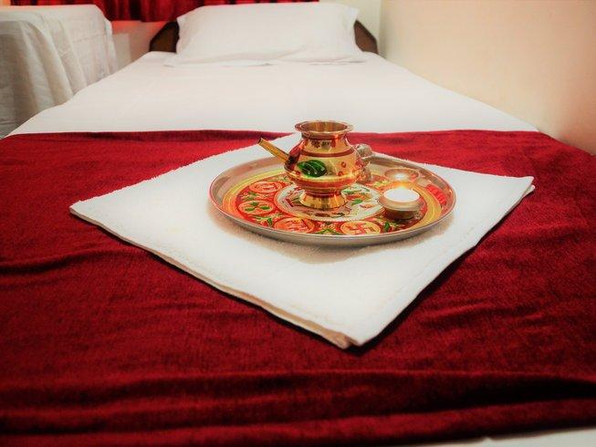 10 Tage Meditation und Yoga Urlaub über Weihnachten & Neujahr in Rishikesh, Indien