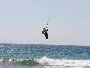 6 Days Kitesurfing Surf Camp in Manabi, Ecuador