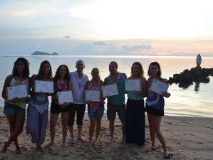 29 Tage 200-Stunden Hatha Vinyasa Yogaleher Ausbildung Thailand