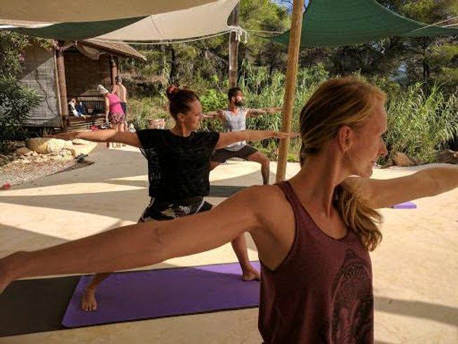 6 Days Healthy Christmas Yoga Retreat in Spain