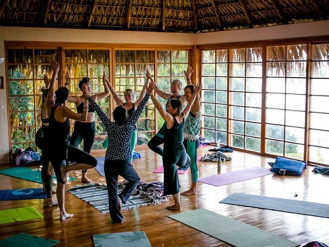 9 Tage Heiliger Ausdruck, Schreib und Yoga Retreat für Frauen in Guatemala