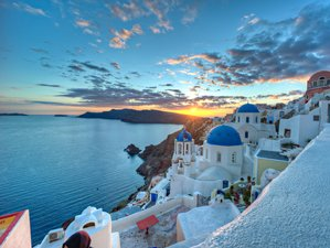 8 Day Pilates and Yoga Holiday in Santorini
