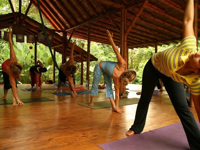 8 Days Yoga and Surf Camp in Costa Rica