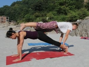 30 Days 200 hour Yoga Teacher Training Scholarship in Rishikesh, India