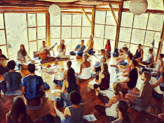 15 jours-100h en formation de professeur de yoga et cérémonie du son au Guatemala