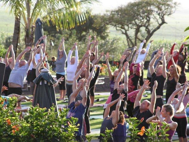 8 Days SUP and Yoga Retreat Hawaii